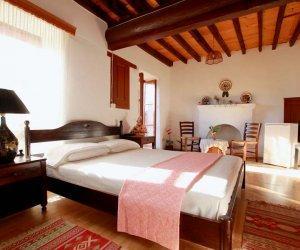 alexandra-pension-hotel-kastelorizo-double-room-with-balcony-01.jpg